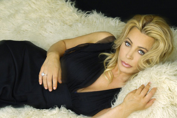 Taylor Dayne will perform at the Golden Nugget for one night only, March 24